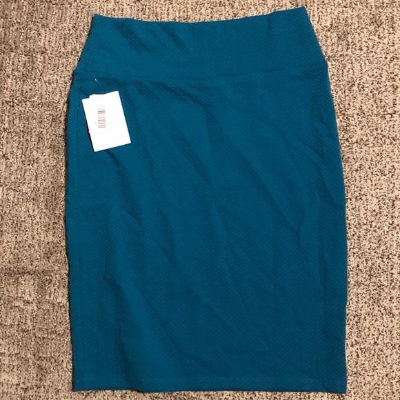 LuLaRoe Dresses & Skirts - Lularoe Cassie pencil skirt